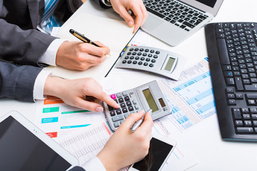 What Are Different Ways to Solve the Accounts Receivable Problems